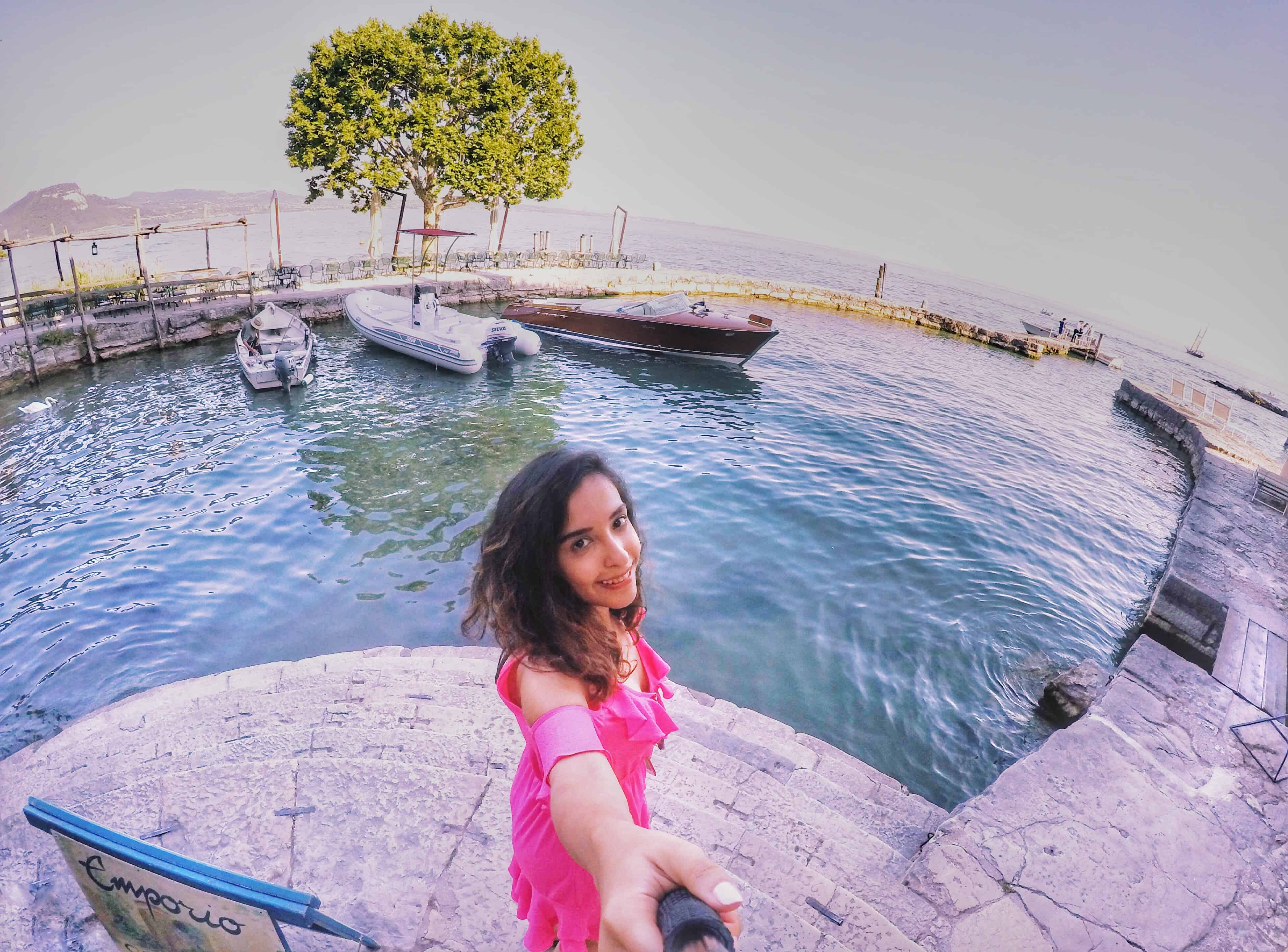 Ten Tips for Women Traveling Alone For The First Time